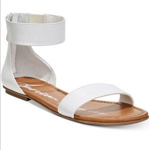 NWT American Rag Keley Sandals
